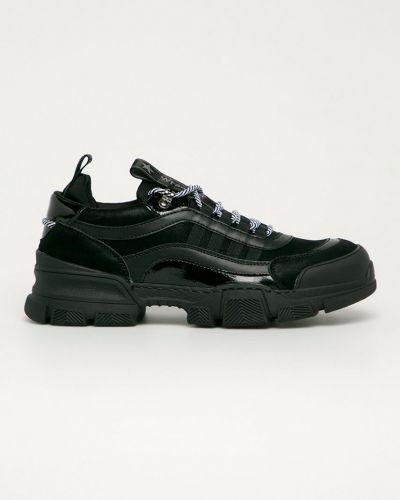Czarne sneakersy sznurowane Wrangler