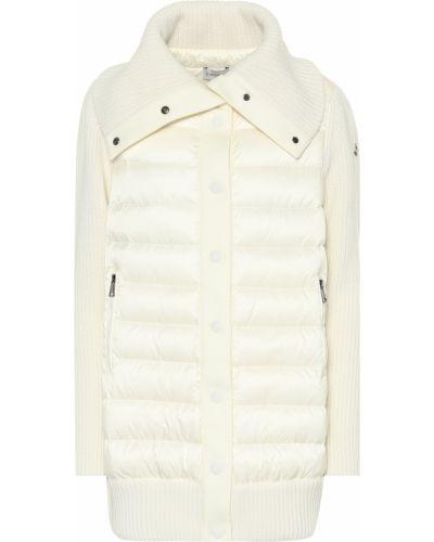 Зимняя куртка стеганая облегченная Moncler