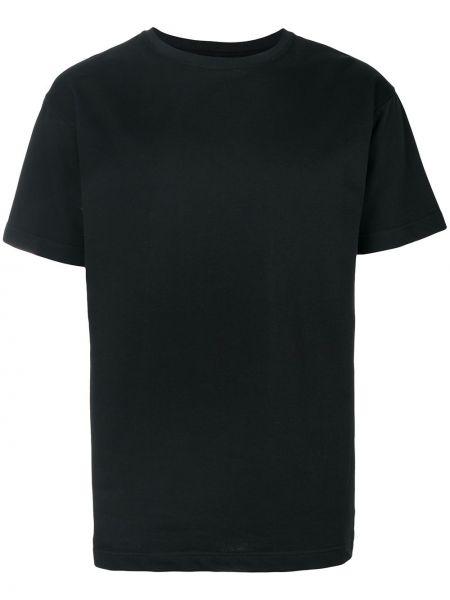 Черная футболка с вышивкой Intoxicated