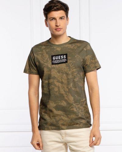 Зеленая футболка Guess