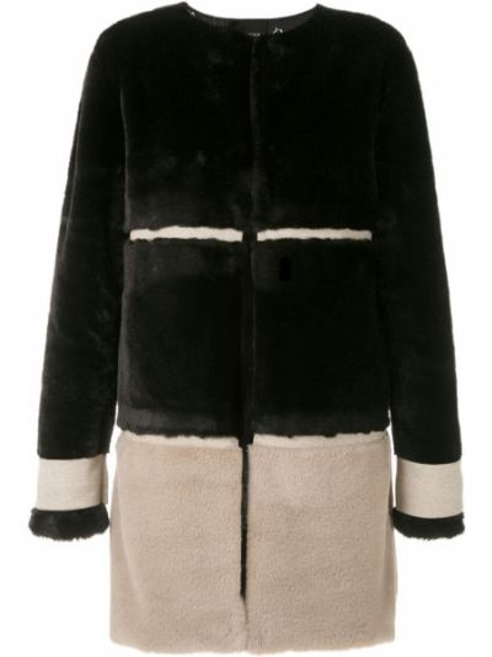 Черное прямое пальто Olympiah