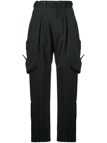 Нейлоновые черные брюки карго с накладными карманами с заплатками Hyein Seo