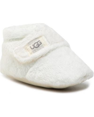 Białe kapcie Ugg