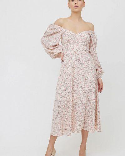 Бежевое платье с открытыми плечами Cardo