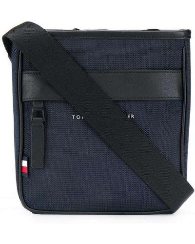 Синяя сумка мессенджер на молнии с карманами с вышивкой Tommy Hilfiger