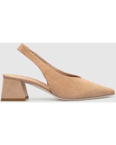 Замшевые туфли - бежевые Laura Bellariva