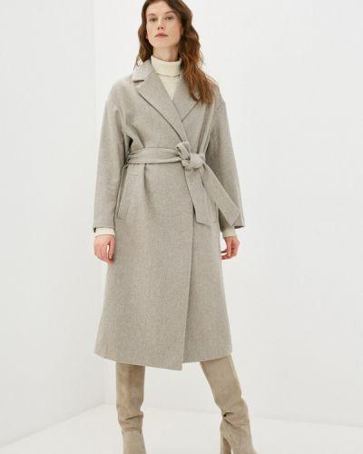 Пальто - бежевое Zarina