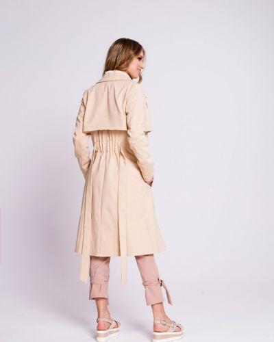 Утепленная куртка с карманами светлая Naoko
