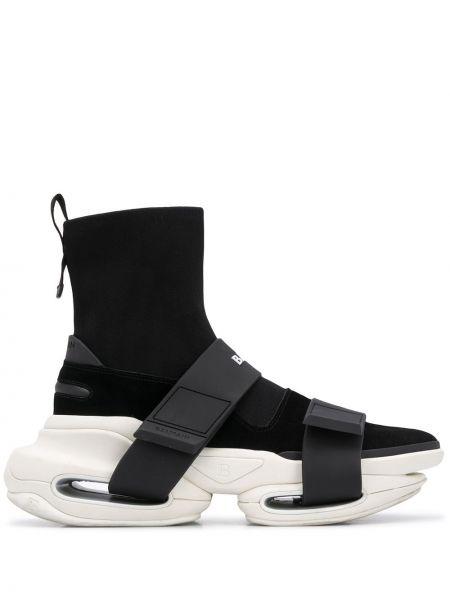 Czarny wysoki sneakersy zamszowy Balmain