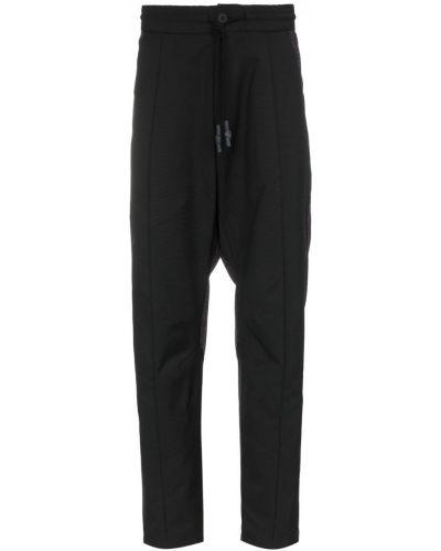 Черные спортивные брюки с поясом на пуговицах Byborre