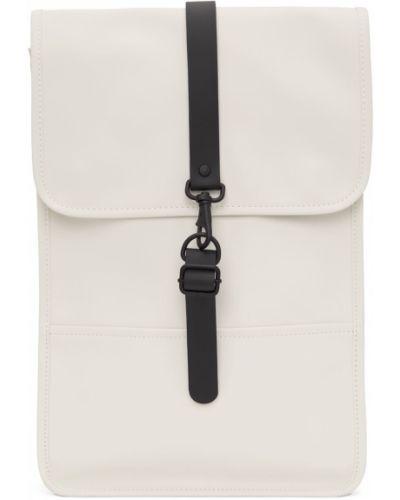 Biały plecak z klamrą Rains