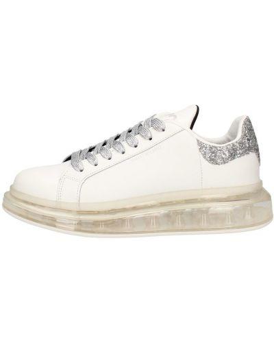Białe sneakersy Y Not?