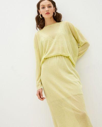 Костюмный желтый юбочный костюм Fors
