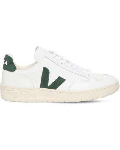 Ажурные белые кожаные кроссовки на шнуровке на каблуке Veja