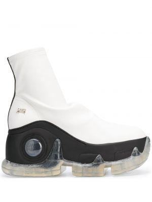 Białe sneakersy na platformie skorzane Swear