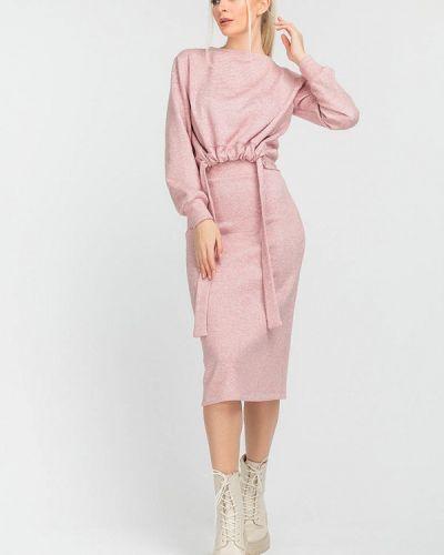 Костюмный розовый юбочный костюм Clever Woman Studio