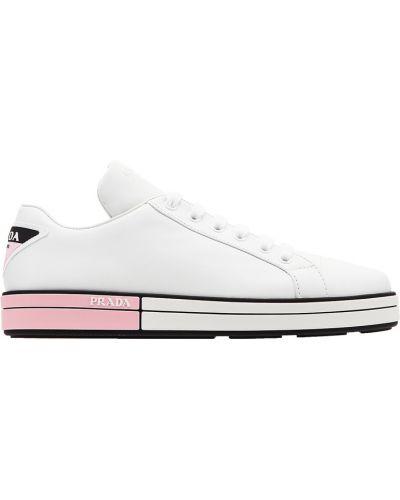 Кожаные кроссовки с логотипом Prada