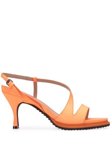 Оранжевые открытые босоножки на каблуке с пряжкой A.f.vandevorst