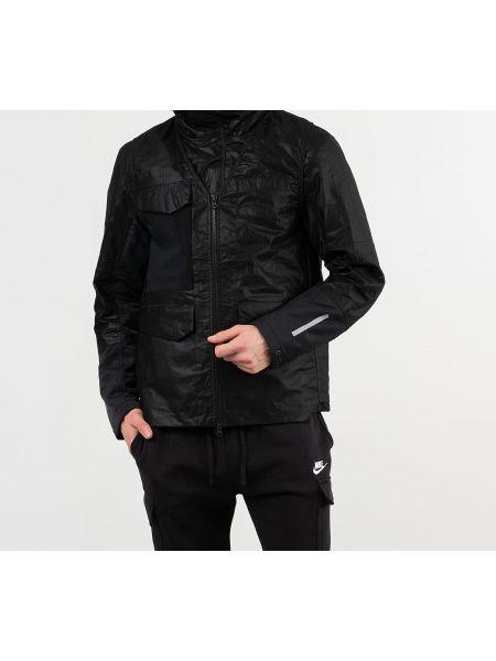 Czarna kurtka sportowa srebrna Nike