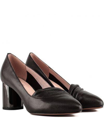 Туфли - коричневые Polann