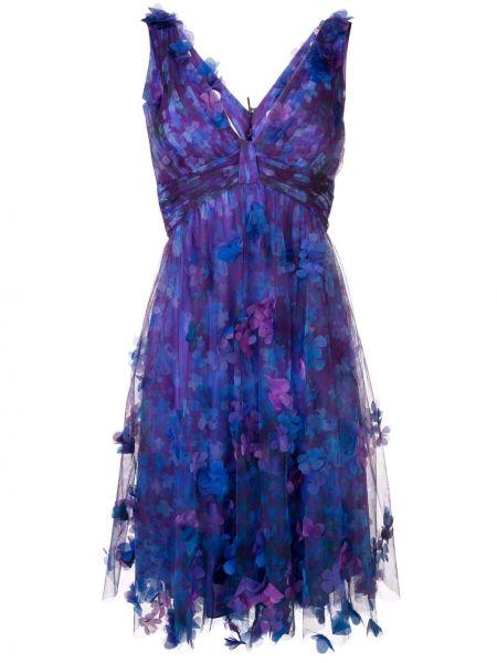 Асимметричное фиолетовое коктейльное платье с декольте с оборками Marchesa Notte