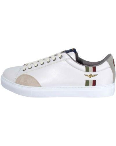 Białe sneakersy Aeronautica Militare