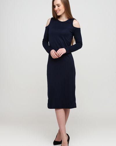 Трикотажное синее платье макси с открытыми плечами Alcott