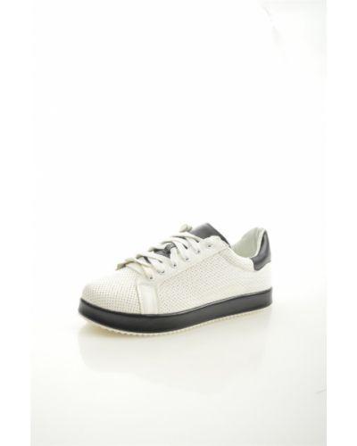 Кеды белые из искусственной кожи Sweet Shoes