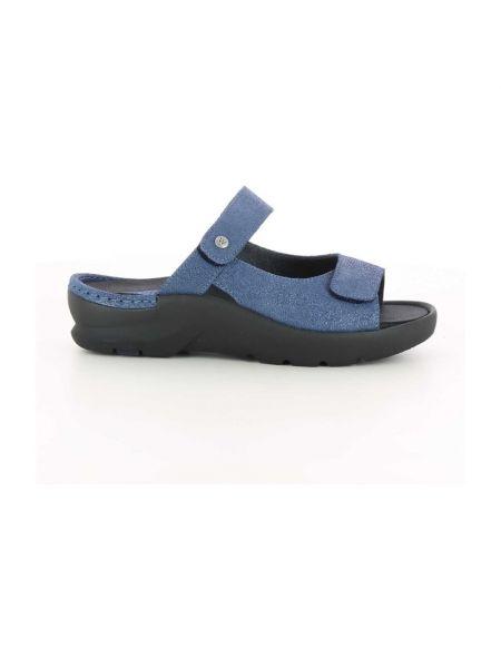 Niebieskie sandały Wolky