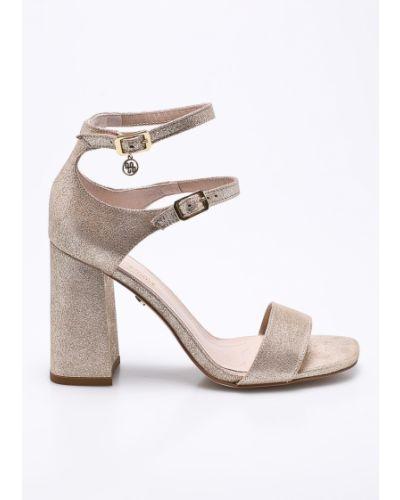 Туфли золотого цвета Solo Femme