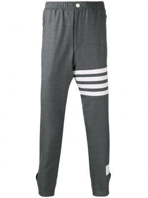Спортивные шорты в полоску с карманами Thom Browne