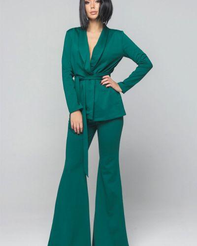 Зеленый брючный костюм Malaeva