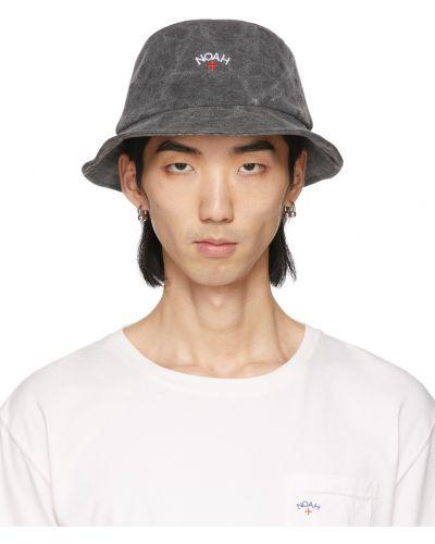 Czarny kapelusz bawełniany z haftem Noah