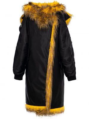 Czarny klasyczny płaszcz Prada