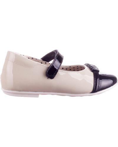 Белые туфли лаковые Moschino