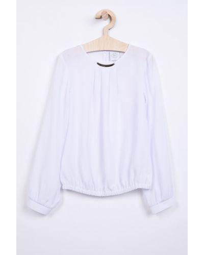 Белая блуза с вырезом Sly