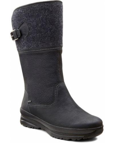 Зимние ботинки черные на каблуке Ecco