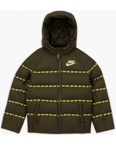 Утепленный зеленый пуховик Nike