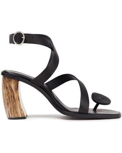 Czarne sandały skorzane z klamrą Rodebjer