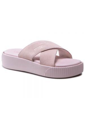 Różowe sandały na platformie zamszowe Puma