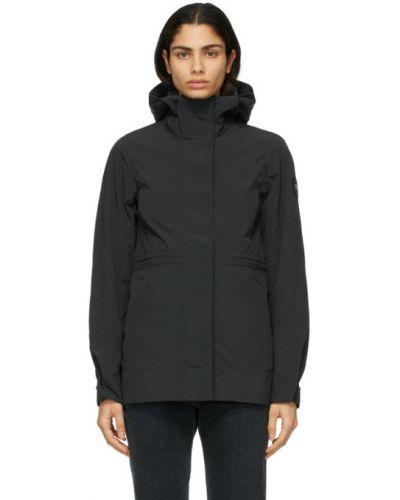 Черное длинное пальто с капюшоном с воротником Canada Goose