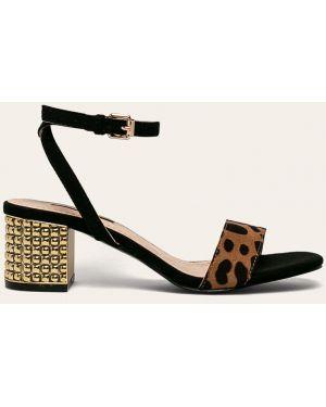 Żółte złote sandały Corina