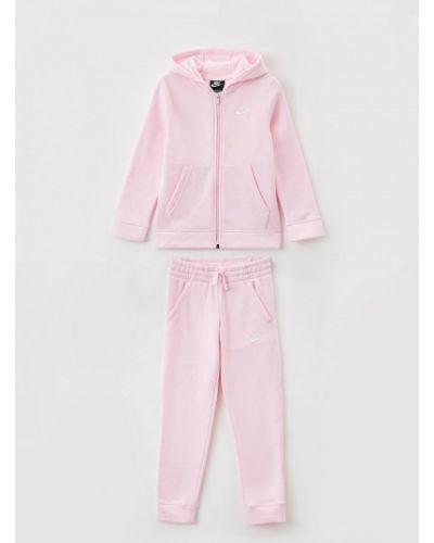 Костюмный розовый спортивный костюм Nike