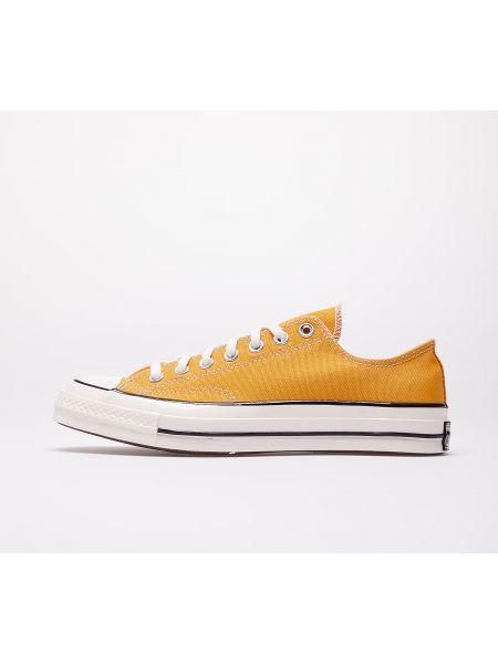 Желтые туфли Converse