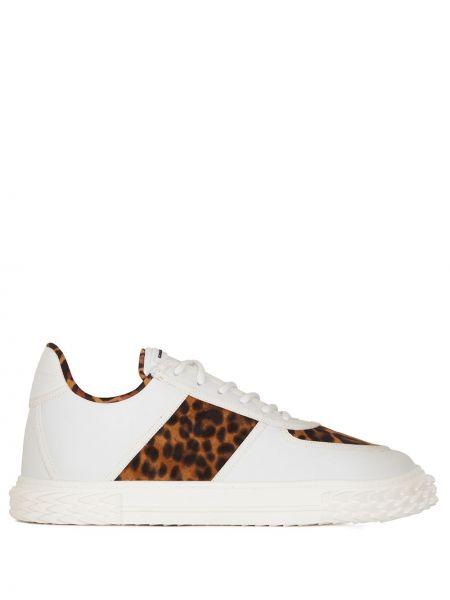 Biały ażurowy skórzany sneakersy z łatami Giuseppe Zanotti
