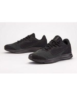 Kozaki Nike