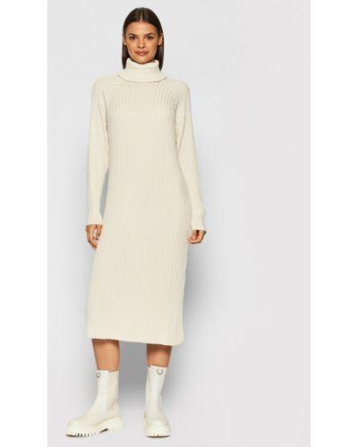 Beżowa sukienka dzianinowa Y.a.s