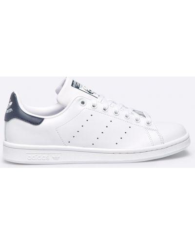 Белые кроссовки текстильные Adidas Originals
