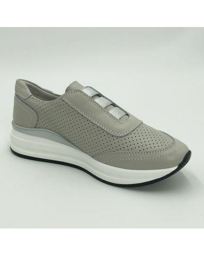 Кожаные кроссовки - серые Gabis