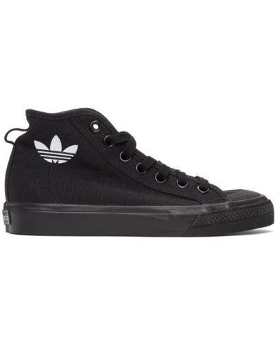 Czarny wysoki sneakersy okrągły zasznurować z łatami Adidas Originals